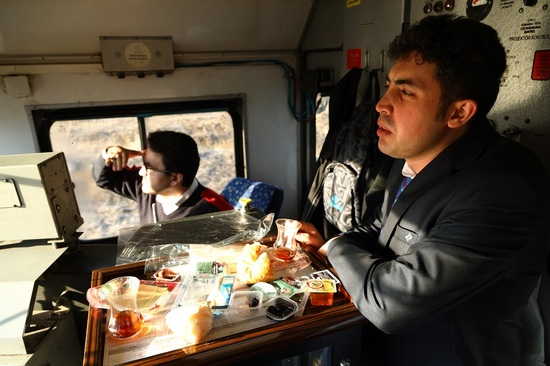 1-チャイ機関車2a.jpg