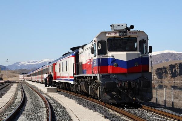 1-機関車a.jpg