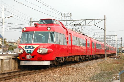 7000 series Panorama car of Nagoya Railroad. A 1961 appearance.