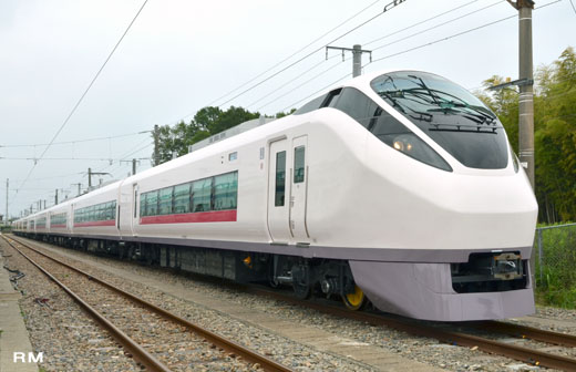 The JR East E657 series. A limited express train for Jo-Ban Line. A March, 2012 debut.