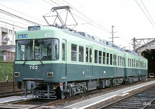 A 700 type train of Keihan Electric Railway Ishiyama-Sakamoto Line. A 1992 debut.