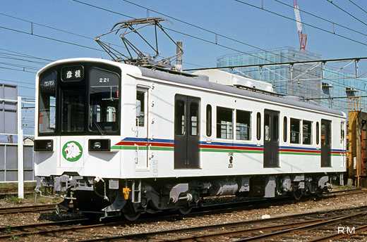 The 220 type train of Ohmi Railway. A 1991 debut.