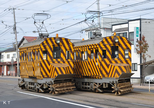 A broom car for snow removing of the Hakodate streetcar.