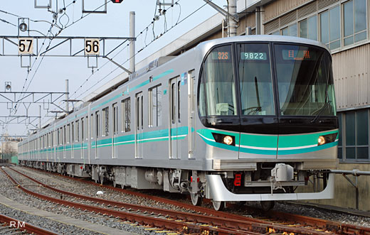The fifth edition of 9000 series trains for Tokyo Metro Namboku Line. A 2009 debut.