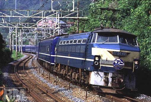 66_42_fujibusa.JPG