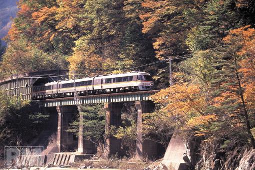 takayamahonsen.jpg