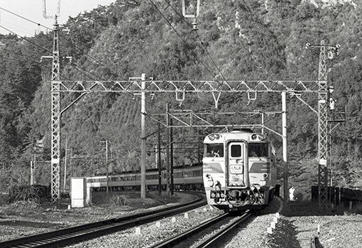 http://rail.hobidas.com/kokutetsu2/20151027140619-1ba484f5b6236b6d2f61b106de8c1e105a8be66b.jpg