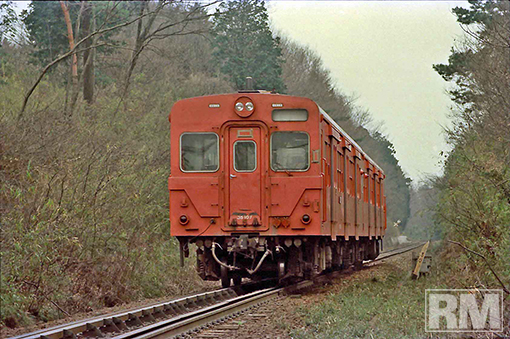 FNO8705-01_8703_DC35107_H-HANNOU_KOMAGAWA.jpg