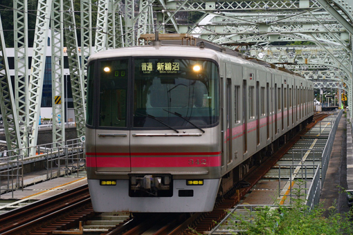 2009_08_10_mabuchi_eisuke001.jpg