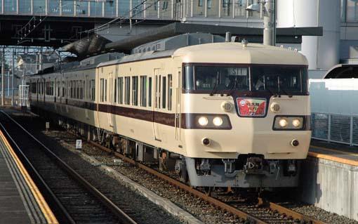 2009_11_01_arifuku_toshihiko003.jpg