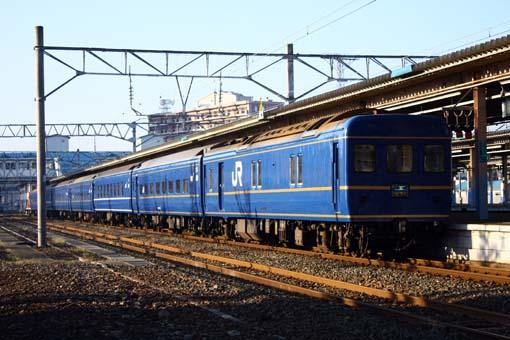 2009_11_07_shimizu_tomofumi002.jpg