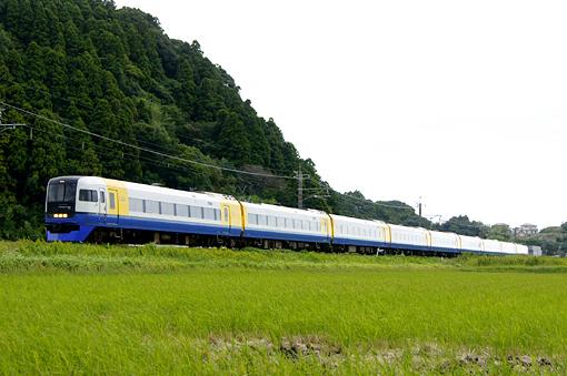 2010_09_26_okazaki_katsutoshi002.jpg