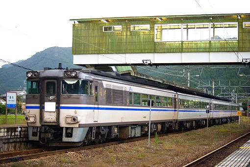 2010_10_29_adachi_takayu001.jpg