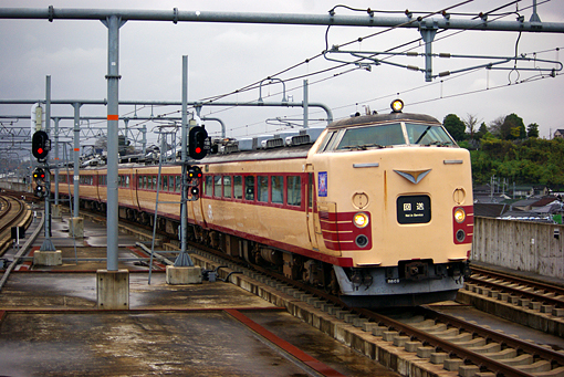 2010_11_23_adachi_yosuke001.jpg