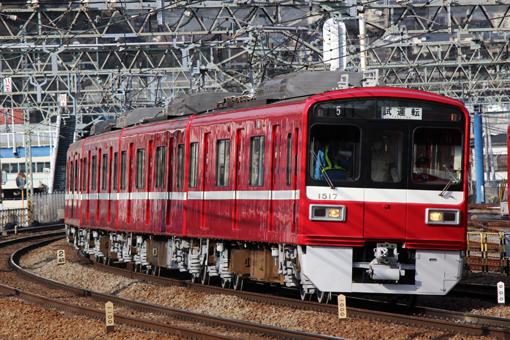 2013_02_26_iwata_kosuke001.jpg