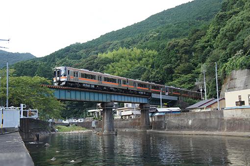 2013_08_17_uchiyama_masahiro001.jpg