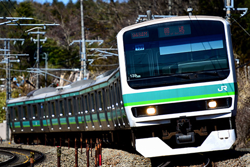 JR東】 E231系0番代マト139編成が長野から出場回送   鉄道ホビダス